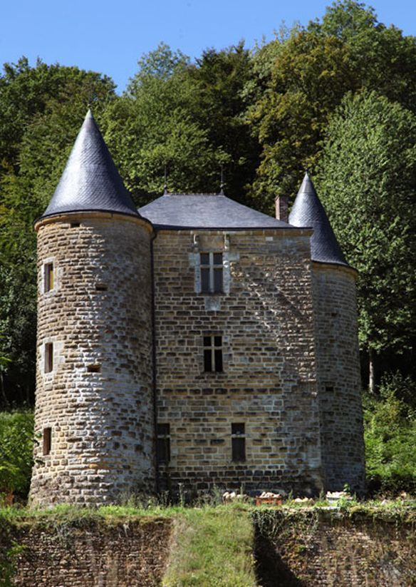 CHATEAU ROCAN A CHEHERY